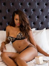 Eugena Washington Ebony Beauty 02