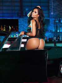 Karlie Redd Sexy Boots And Corset 01