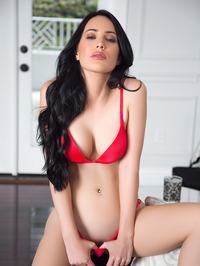 Lauren OConner In Sexy Red Bikini 01
