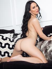 Lauren OConner In Sexy Red Bikini 15