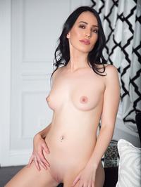 Lauren OConner In Sexy Red Bikini 20