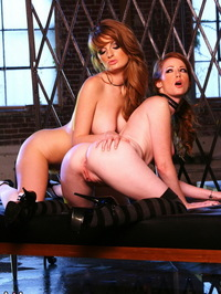 Faye Reagan And Nikki Rhodes 06