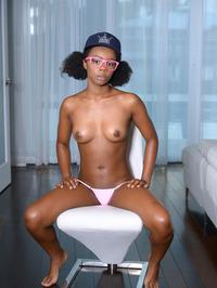 Cute Ebony Teen Haylee Wynters Gets Nude 05