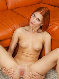 Carinela Fingering Her Tight Pussy 08