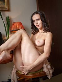 Brunette Beauty Nasita Plays With Her Pussy 02