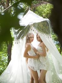 Alisa Bri And Milena D Sexy Lesbian Chicks 01