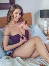 Sensationally Sexy Sybil A Smiles Naughtily 00