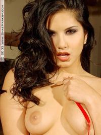 Sunny Leone Amazing Tight Hot Ass 11