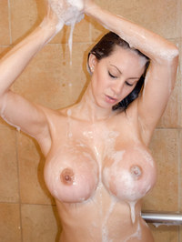 Talia Shepard Shower Fun 08