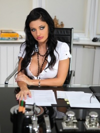 Backstage with Aletta Ocean 10