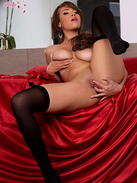 Cassidy Banks Is Gently Fingering Her Pussy 18
