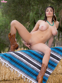 Amazing Darcie Dolce Shows Her Big Naturals Outdoors 13