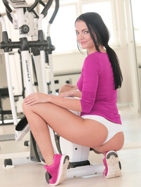Sapphira A Masturbating In The Gym 05