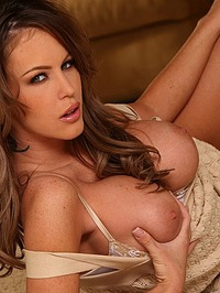 Jenna Presley Showing Her Tight Pussy 05