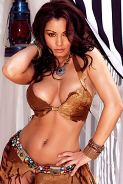 Aria Giovanni Nude Beauty