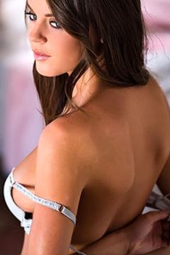 Rahyndee James hot boobs