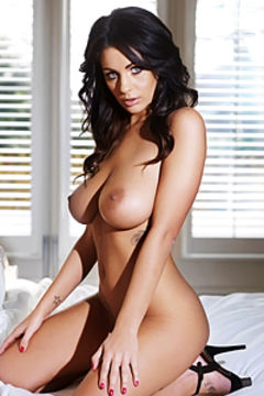 Sexy Holly Naked