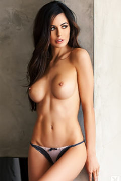 Audrey Nicole Gets Naked
