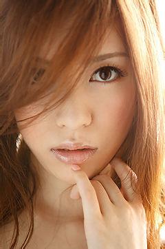 Sexy And Luxurious Japanese Av Idol Yuria