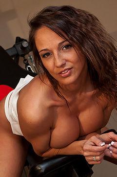 Nikki Sims Workout