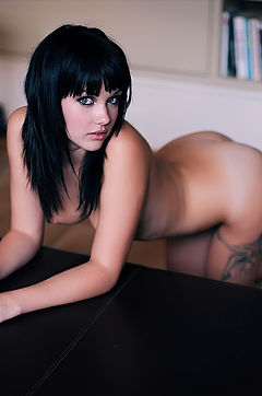 New SG Set Of Mellisa Clarke
