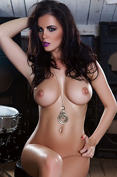 Emma Glover In Getting Cheeky