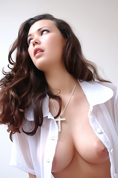 Horny Aya Natural Tits