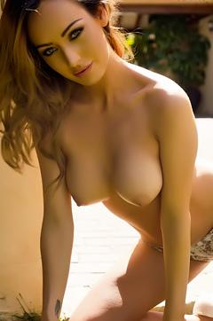 Daisy Muller Amazing Brunette