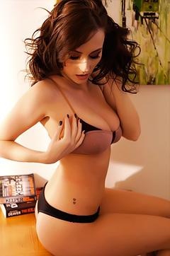 Lauren Wood Loves Showing Her Tits