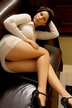 Zafira Hot Babe Strips