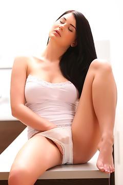 Lucy Li Masturbation