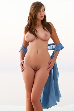 Josephine Perfect In The Nude