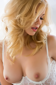 Kennedy Summers In Sexy See-through