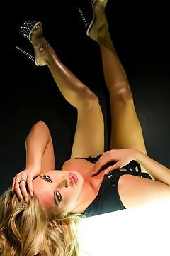 Samantha Saint Amazing Blonde