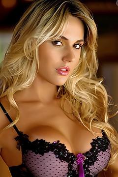 Brazilian Beauty Valda Silva