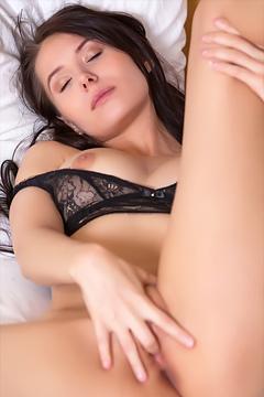 Vanessa Angel Masturbates In Her Bed
