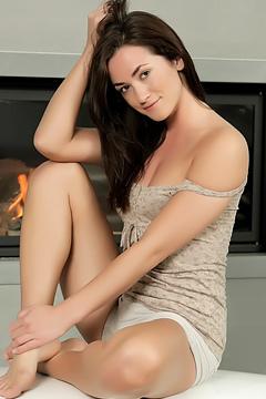 Hot Teen Alana Masturbates Her Pussy