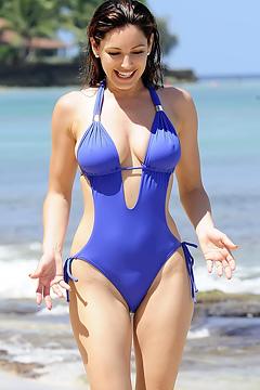Kelly Brook In Blue Bikini