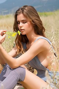 Amberleigh West Nude Shoot