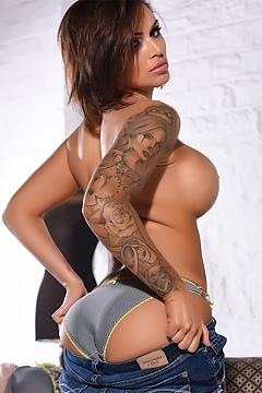 Gemma Massey In Sexy Denim Shorts