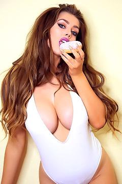 Cara Loves Cake