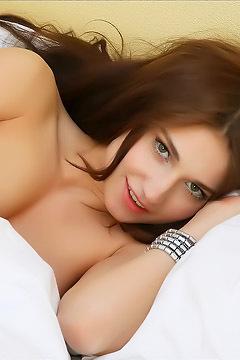 Mira Is One Sexy Teen Beauty