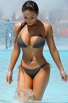 Pool Babe Daphne Joy