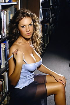 Sexy Nikki Cox