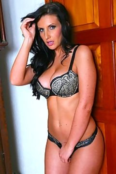 Amy Alexandra UK Glamour girl