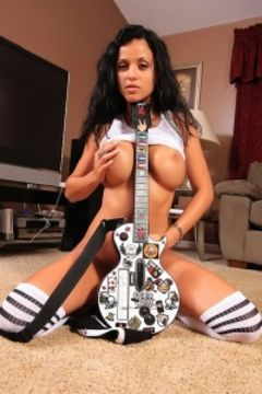 Janessa Brazil Rock Star