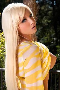 Rikki In Yellow Tunic