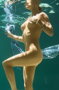Gia Marie Underwater Nude