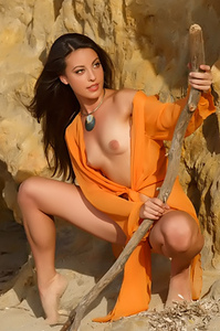 Lorena B - Okaza