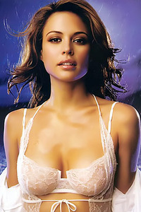 Brunette Beauty Josie Maran